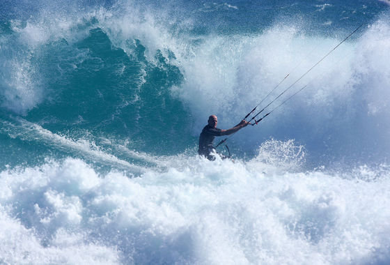 Udo Hölker, editor of the Kite and Windsurfing Guides, Big Wave Kitesurfing, South Africa